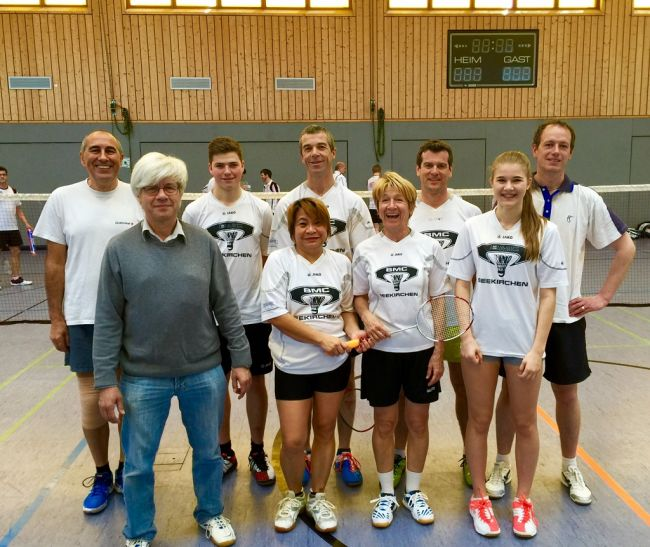 tl_files/2015-2016/Mannschaft/Bilder Play OFF/k-2.jpg